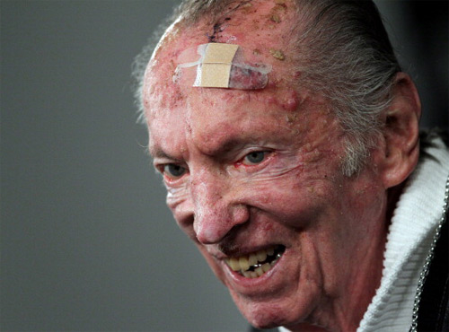 RIP al davis - al davis vampire The Oakland Raiders owner