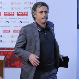 Mourinho finishes the press conference of the match against Osasuna