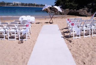 Simple Beach Wedding Decorations 2011