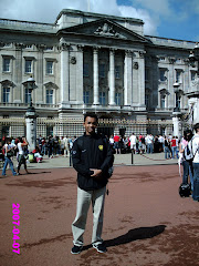Kat Buckingham Palace,London