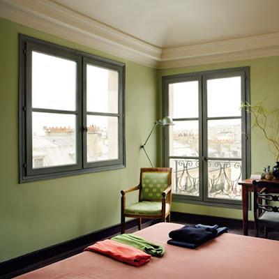 through the french eye of design help black trim. Black Bedroom Furniture Sets. Home Design Ideas