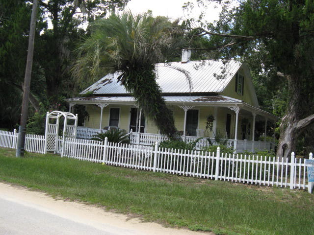 Old florida cracker houses for sale liatloga for Old florida style house plans