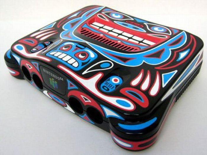 Painted gaming consoles: 25