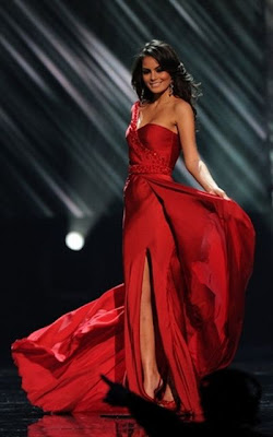 Mexican Ximena Navarrete received the title of Miss Universe 2010  Seen On www.coolpicturegallery.net