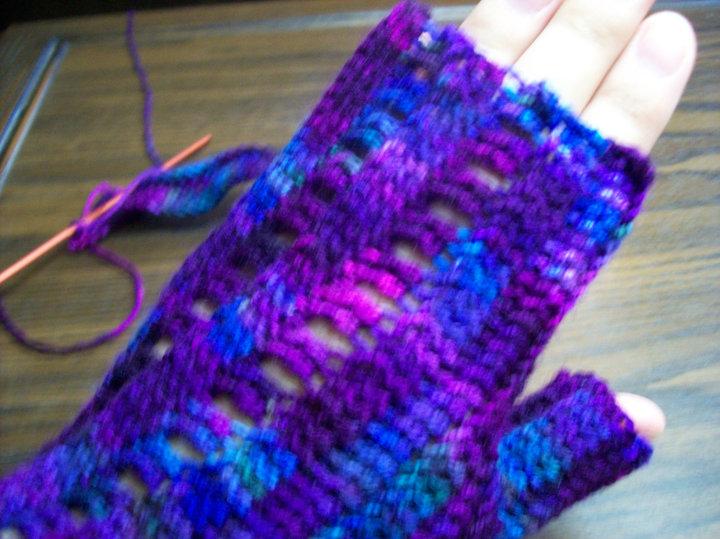 Crochet Pattern Central Fingerless Gloves : Knit One, Swear One: More Fingerless Gloves!