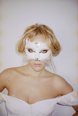 masked celebrities, chloe sevigny, cat mask