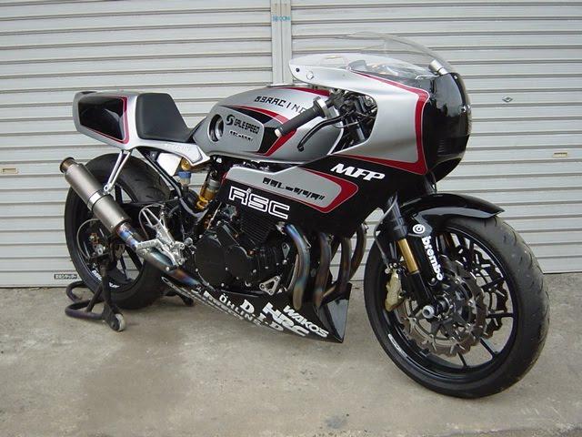 Honda CBX 400 2-stroke race bike