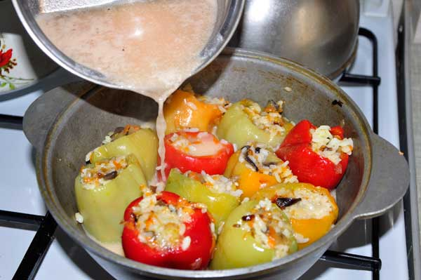 Перец фаршированный с куриным мясом и рисом рецепт
