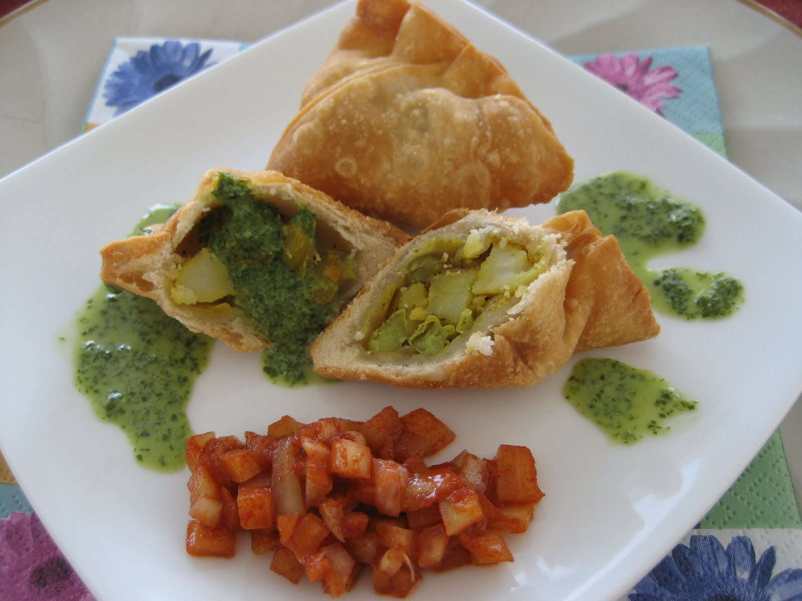 Chicken Samosas With Cilantro-Yogurt Dip Recipe — Dishmaps