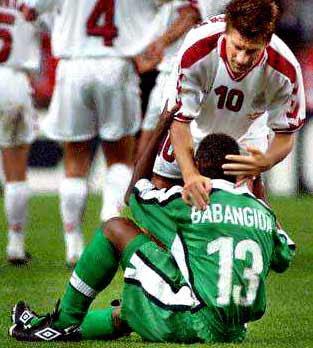 Komik futbol resimleri spor kazaları