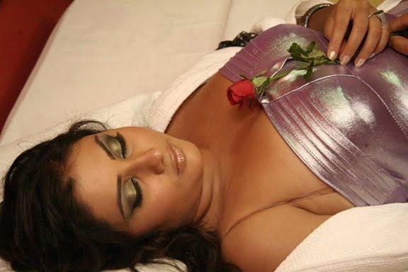Very Hot Indian Bedroom Scene