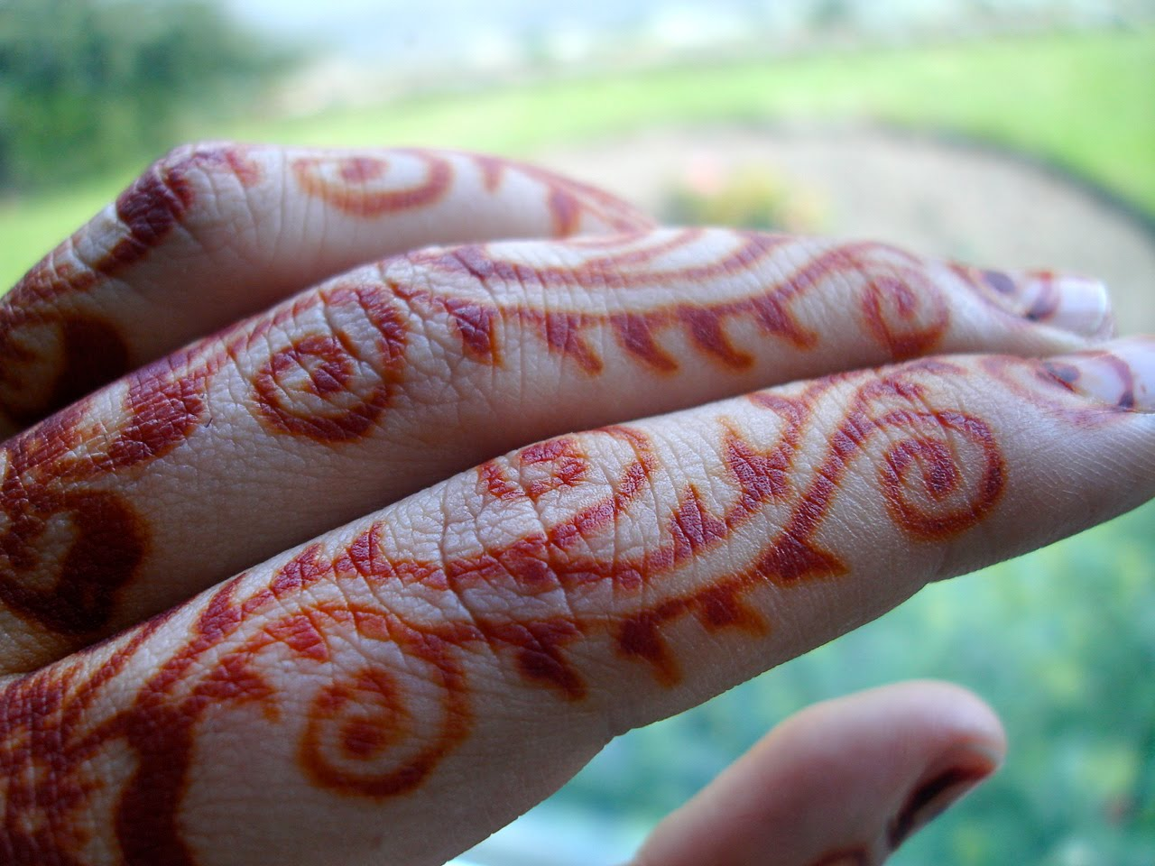 Mehndi Hand Name : Me mehndi in may zaufishan