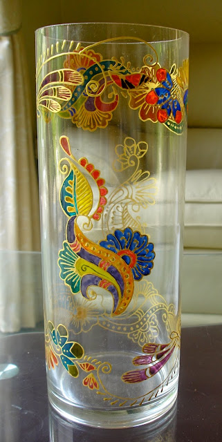 Glass Painting Vases With Henna Zaufishan