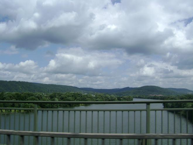 แม่น้ำ
