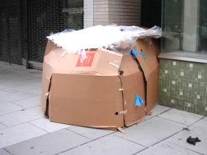zenzibar alternative culture log houses of cardboard. Black Bedroom Furniture Sets. Home Design Ideas