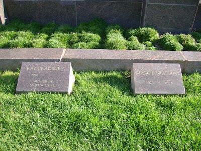 Ray Bradbury & Wife Maggie - Westwood Cemetery