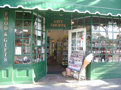 Gift Shoppe - Santa Monica