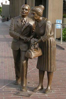 Beverly Hills Statue