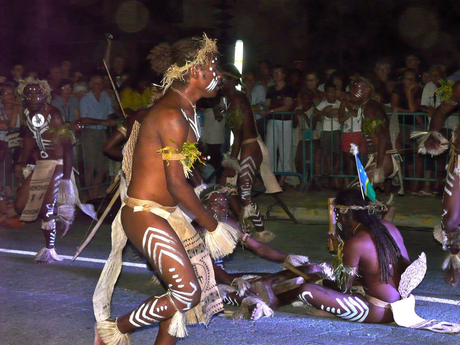 Maya en nouvelle caledonie melanesia 2010 festival des - Maison traditionnelle becker bratsch ...