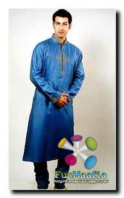 Man Embroidered Kurta