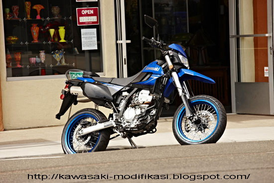 2010 Kawasaki KLX250SF title=