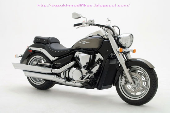 2010 Suzuki Boulevard C109RT you can find pictures, wallpaper here  title=