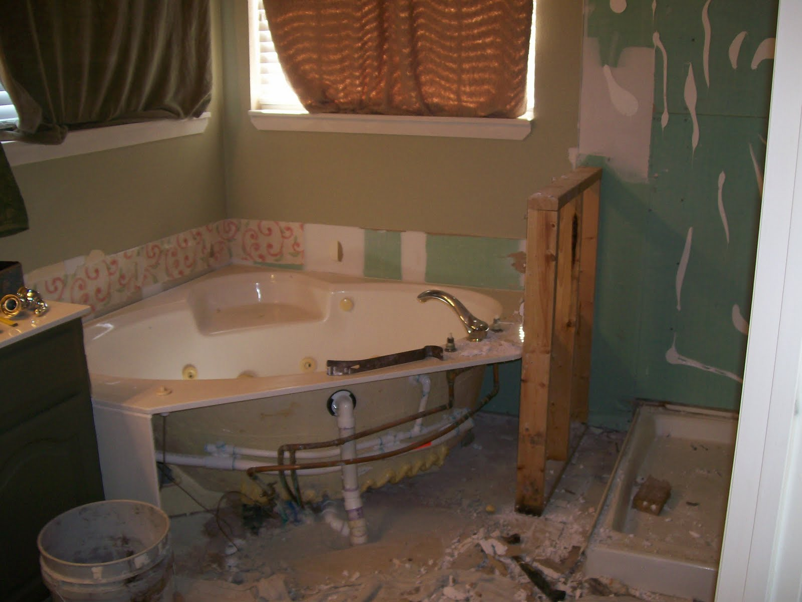 Gemini Bathroom Remodeling October 2010