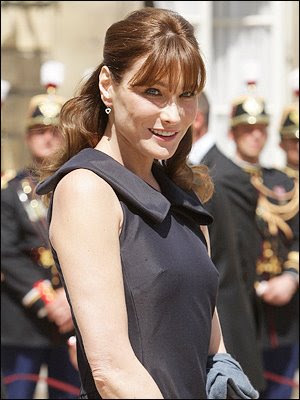 Gambar bogel Carla Bruni | Carla Bruni nude picture | Carla Bruni naked picture | First Lady of France