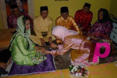 Gambar Maya (Matahari) KAHWIN dengan anak saudara Sultan Pahang, Tengku Shahreza Tengku Abdul Aziz pada 26 Jun 2009 | Gambar Maya dan Shahreza kahwin | Majlis PerKAHWINan Maya dan Shahreza | Gambar perKAHWINan Maya dan Shahreza | Gambar bertunang Maya (Matahari)