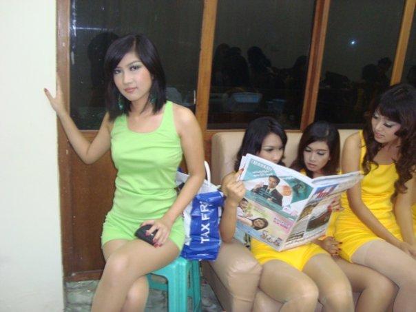 Myanmar Sexy Model Maw Phoo Maung