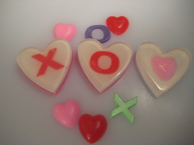 Melt & Pour Valentines Hugs & Kisses Soaps