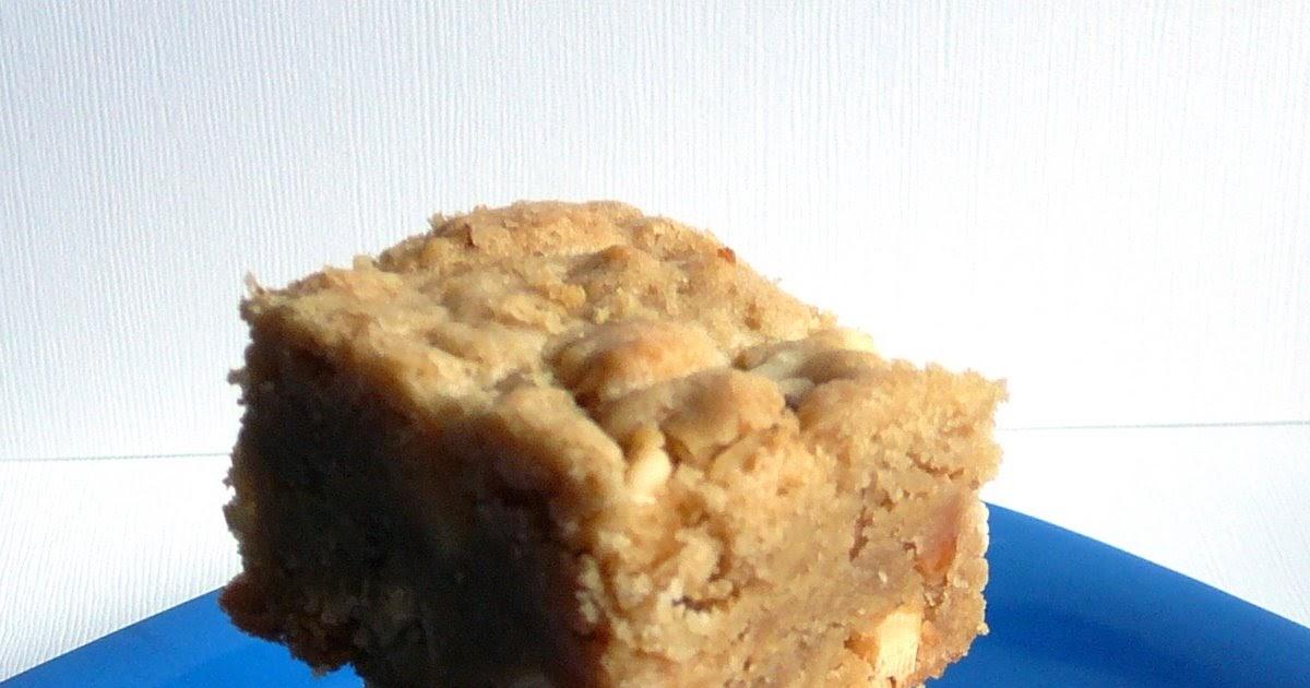 Baked Perfection: White Chocolate Chip Macadamia Nut Blondies