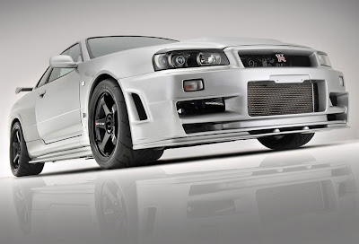 http://4.bp.blogspot.com/_r2IQ9XulaxY/TFETmrJyp2I/AAAAAAAAEXk/0IT2GgrX9w4/s400/Japo+Nissan+Skyline+R34+GTR+1.jpg