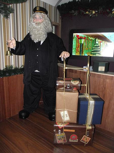 Papai Noel conduzindo o Expresso do Natal