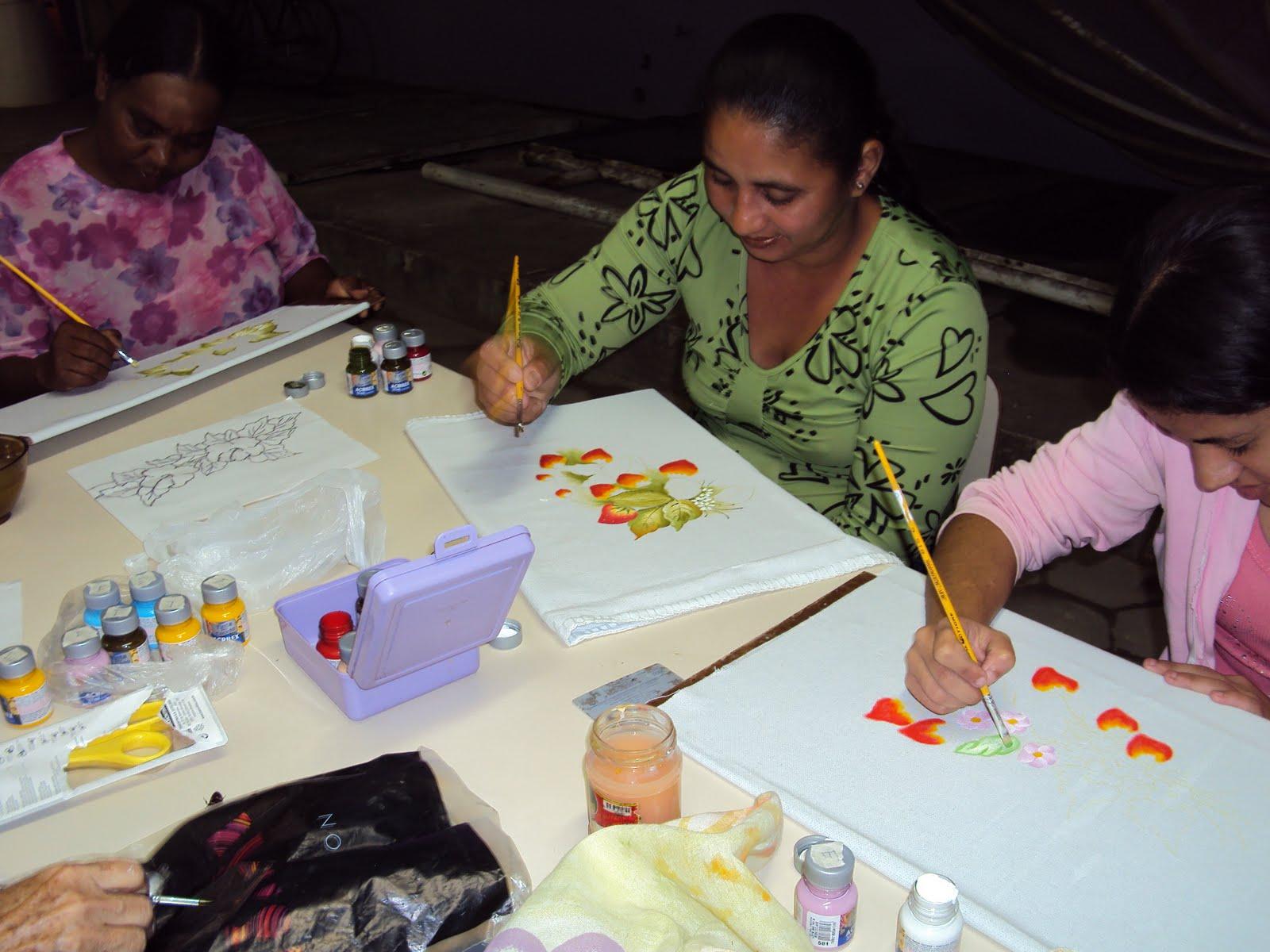 Educaç u00e3o de Jovens e Adultos Projeto Artesanato na Escola