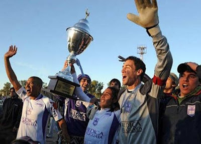 Defensor Sporting campeón Apertura 2010