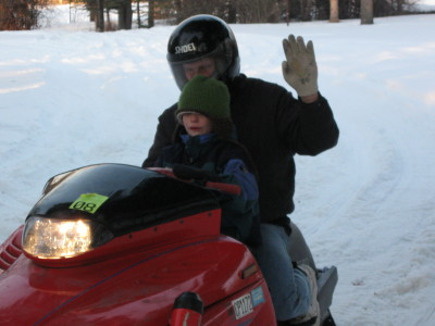 [gav+on+snowmobile+at+louies.aspx]