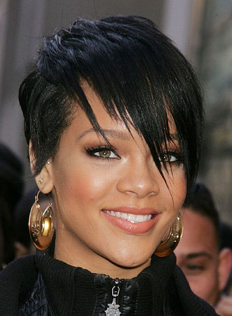 rihanna hair colour. rihanna bob back view
