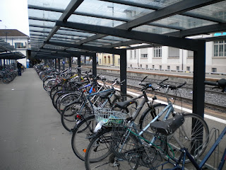 bike parking at Uster bahnof