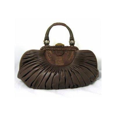 Dior Hand Bags on My New Handbag  2010 Designer Handbag Trends   Structured Chaos