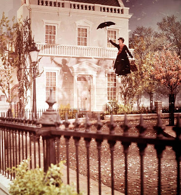 Mary Poppins Flies