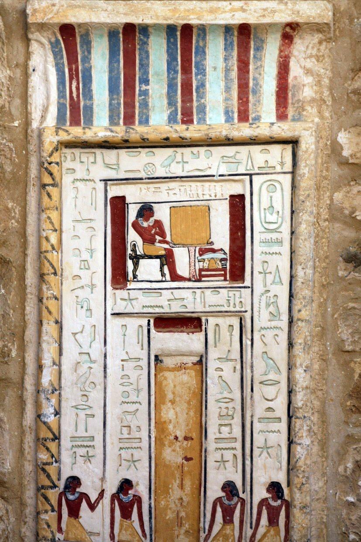 http://4.bp.blogspot.com/_r7I35P-oWUs/TDRVo_eecOI/AAAAAAAAAFk/l_HGTZ9yzNU/s1600/False+Door.jpg