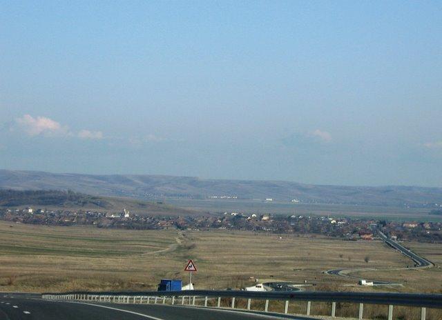 Vedere generala  a comunei Rogova din dealul Starmina