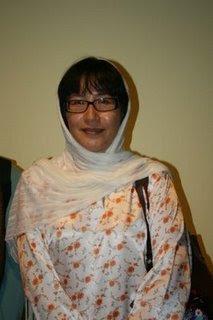 gambar elizabeth wong