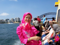 on sydney harbor cruise