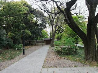 藤田邸跡公園内の写真