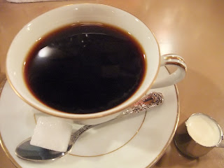 六曜社珈琲店のネルドリップコーヒー