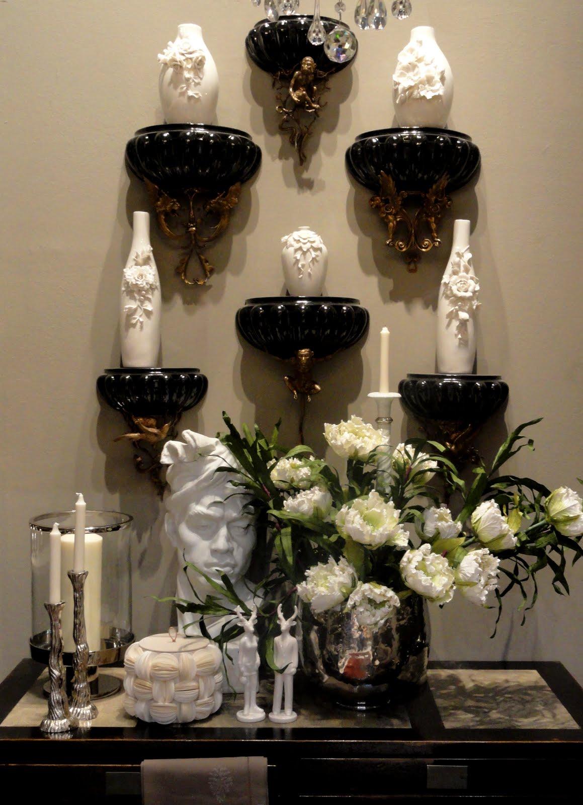 jean dange new wall brackets in porcelain bronze nouvelle collection de consoles murales en. Black Bedroom Furniture Sets. Home Design Ideas