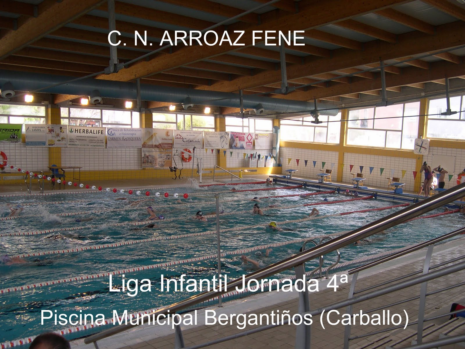 Club nataci n arroaz fene liga infantil jornada 4 for Piscina carballo