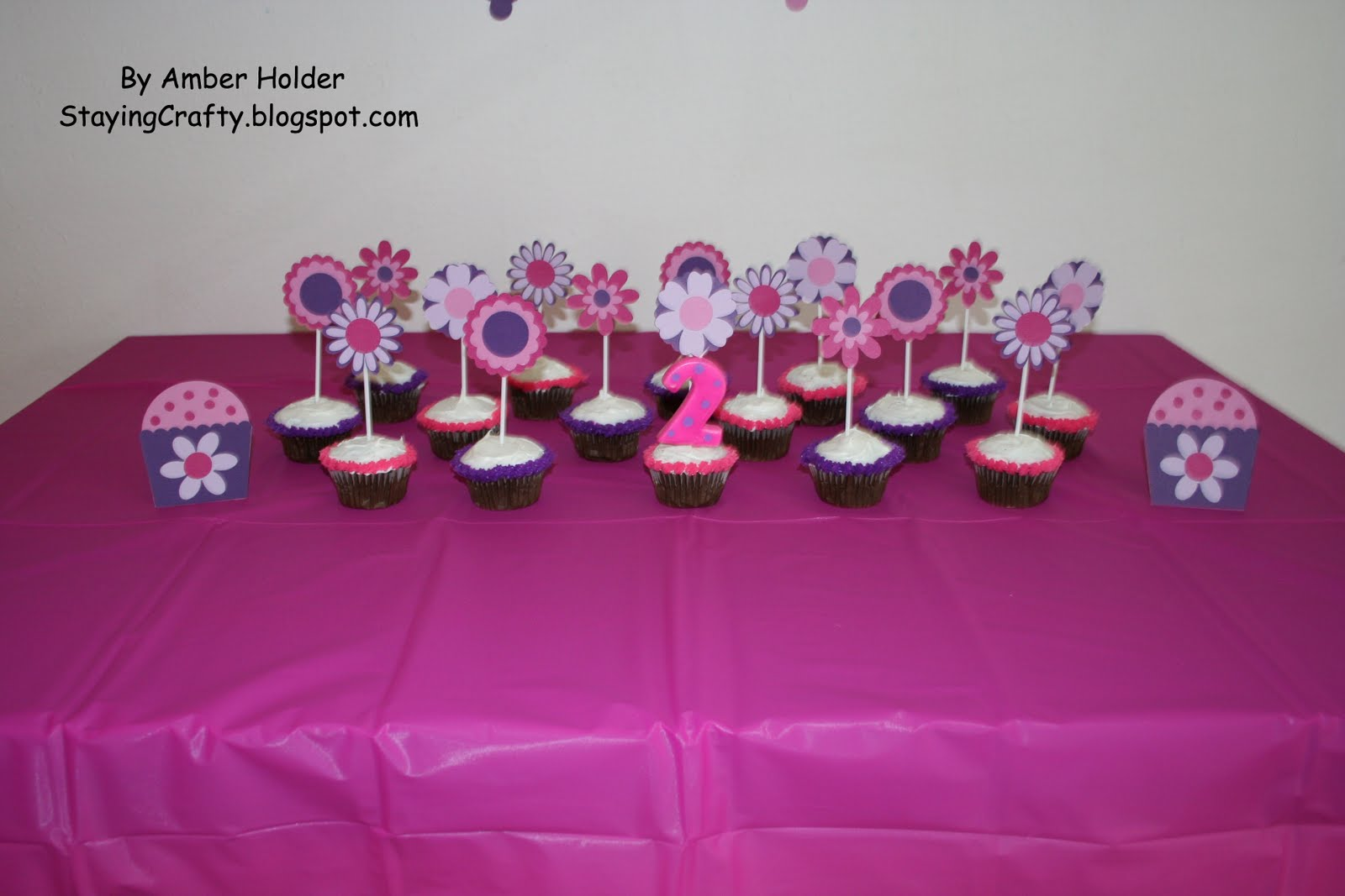 Staying crafty my daughter 39 s 2nd birthday party decorations for 2nd birthday decoration ideas